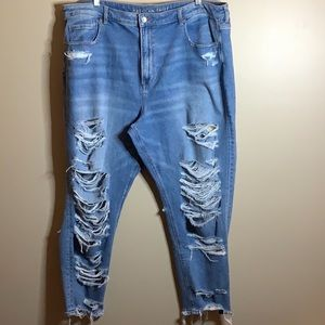 American Eagle size 24 super distressed mom jeans